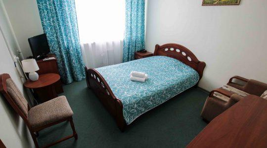 Однокомнатный с двуспальной кроватью